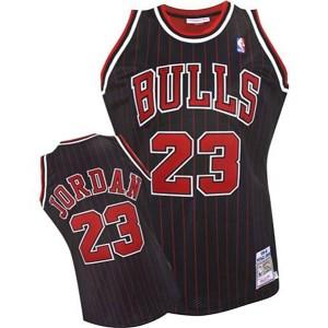Jugend Chicago Bulls #23 Michael Jordan 1995-1996 Schwarz Kaufen Basketball Trikots