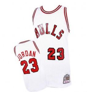 Mitchell # Ness Chicago Bulls Michael Jordan 1984-1985 Hartholz Klassiker Authentic Startseite Kaufen Basketball Trikots