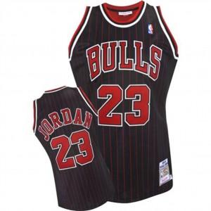 Chicago Bulls #23 Michael Jordan 1995-1996 Authentic Schwarz Kaufen Basketball Trikots