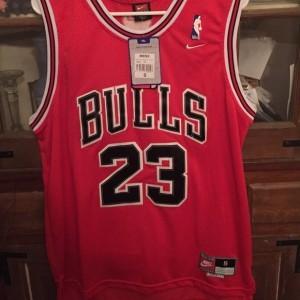 2017-18 Saison Michael Jordan Chicago Bulls #23 Symbol rot Trikots